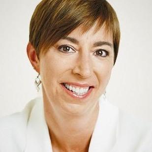 NANCY HILL<br>Founder</br>Media Sherpas<br>United States